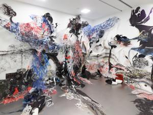 """©Nadja Schöllhammer, Soul Inhaler"""", 2015, Wand- und Bodeninstallation, ARTER art space, Istanbul, Türkei, Foto:"""